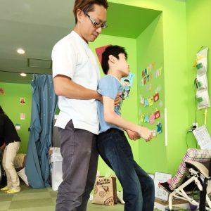 子どもたちの体の特徴を個別的に評価